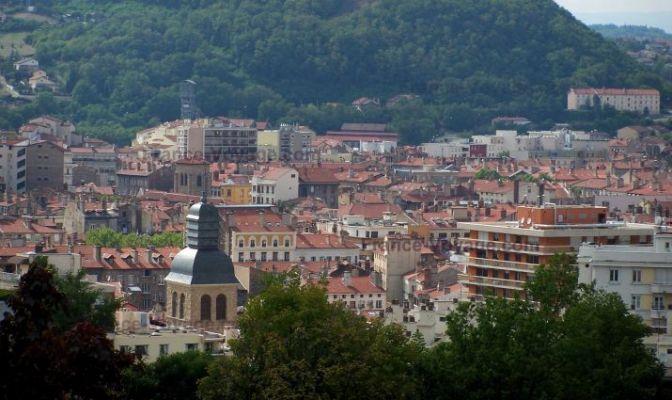 Uno scorcio panoramico di Saint-Étienne (www.france-voyage.com)