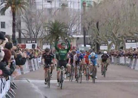 Il francese Boudat si impone allo sprint nella prima edizione della Classica Corsica (foto FTVIASTELLA)