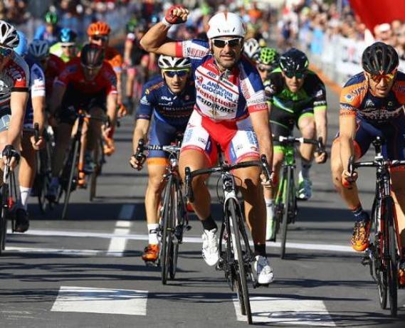 Chicchi vince allo sprint la tappa n° 3 della Settimana Internazionale di Coppi e Bartali (foto Tim de Waele/TDWSport.com)