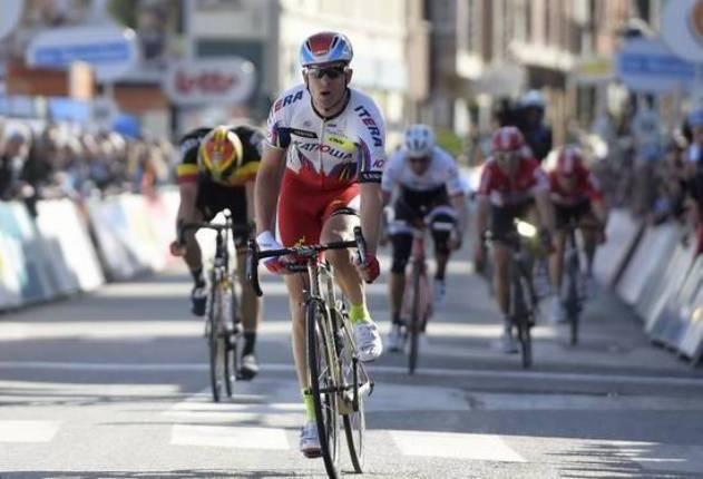 Il norvegese Kristoff vince la prima tappa della breve corsa belga (foto Belga)