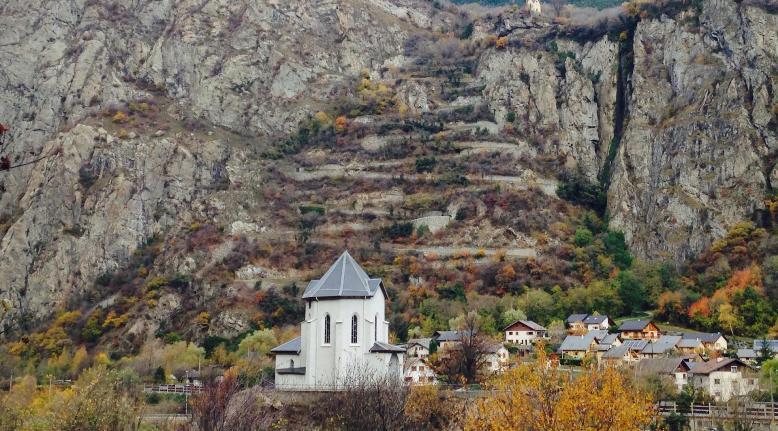 Gli spettacolari tornanti verso Montvernier (www.lacetsdemontvernier.com)