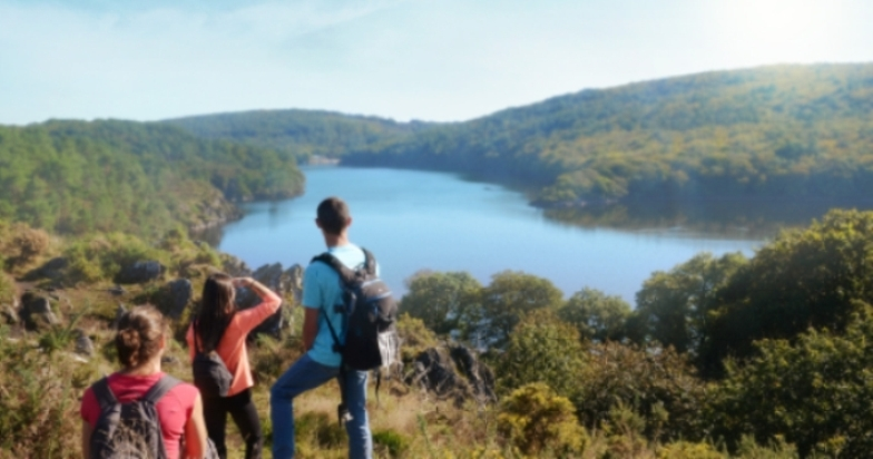 Il lago di Guerlédan a Mûr-de-Bretagne (www.lacdeguerledan.com)
