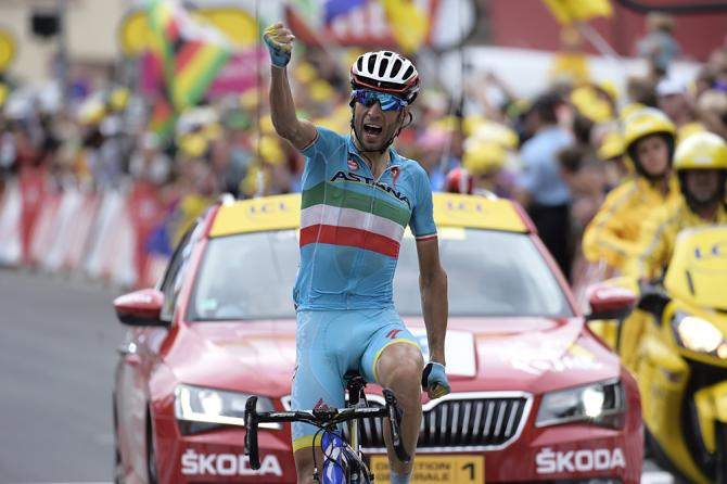 Nibali vince alla sua maniera il più duro dei tapponi alpini del Tour 2015 (foto Bettini)