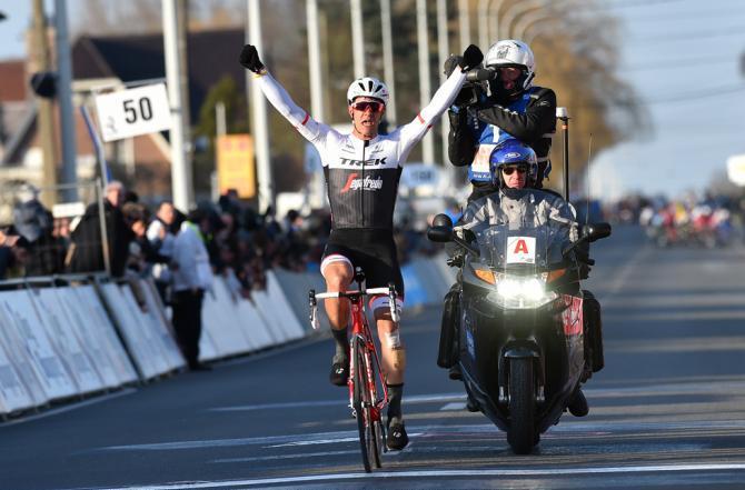Stuyven mette nel sacco il gruppo nel finale della Kuurne-Bruxelles-Kuurne (foto Tim de Waele/TDWSport.com)