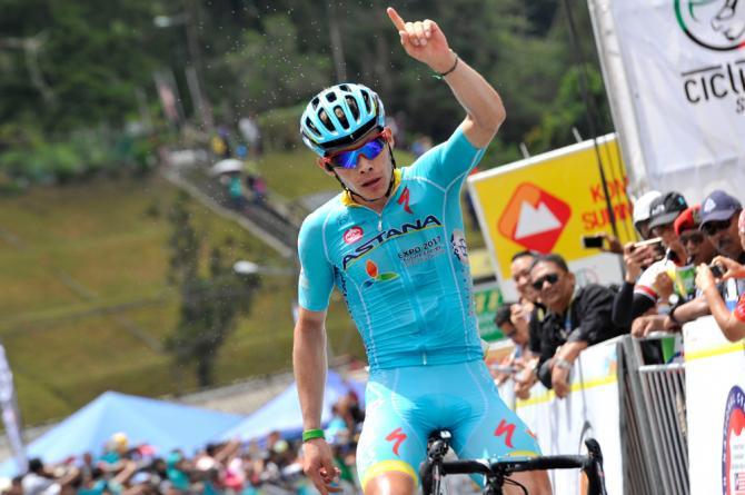 Il colombiano Miguel Ángel López si impone nella frazione regina del Tour of Langkawi, sulle Cameron Highlands (foto Bettini)