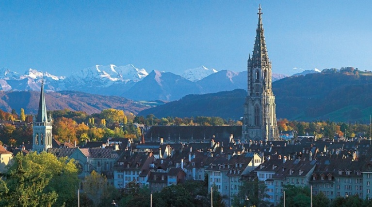 Vista panoramica del centro storico di Berna (www.bern.com)