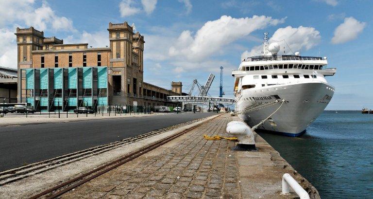 Il porto di Cherbourg (www.cherbourgtourism.com)