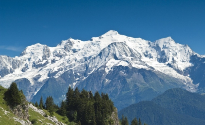Il Monte Bianco, spettatore di lusso della terzultima tappa del Tour 2016 (www.savoie-mont-blanc.com)