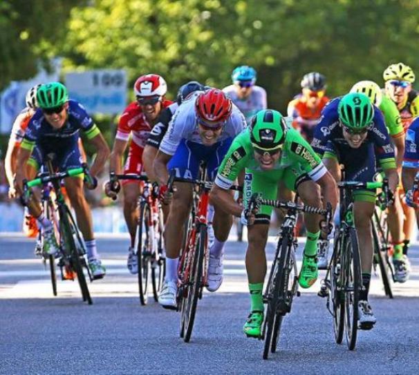 Ruffoni vince allo sprint ledizione del ventennale del Gran Premio Bruno Beghelli (foto Tim de Waele/TDWSport.com)