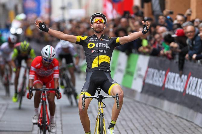 Il francese Calmejane corona con il successo di tappa a Sassuolo la sua trionfale settimana dedicata agli indimenticati Gino Bartali e Fausto Coppi (Tim de Waele/TDWSport.com)