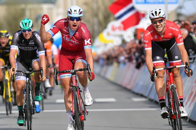 Il norvegese Kristoff vince la tappa dei ventagli alla Tre Giorni di La Panne battendo allo sprint il belga Theuns e il tedesco Kittel (Tim de Waele/TDWSport.com)