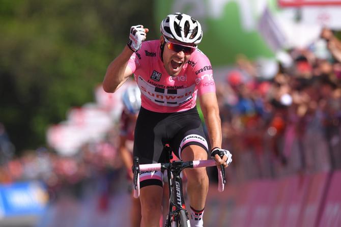 Dumoulin si è dimostrato imbattile anche ad Oropa, la maglia rosa è sempre più salda sulle spalle dellolandese (foto Tim de Waele/TDWSport.com)