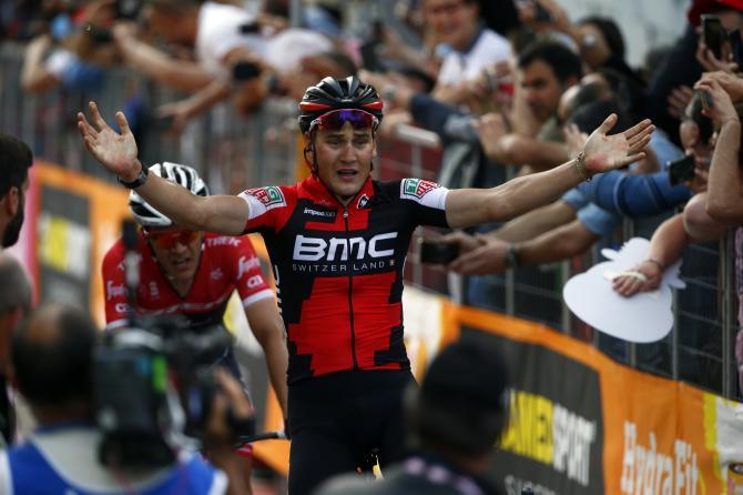 Il corridore rossocrociato Silvan Dillier ottiene alle Terme Luigiane il suo principale successo in carriera (foto Bettini)