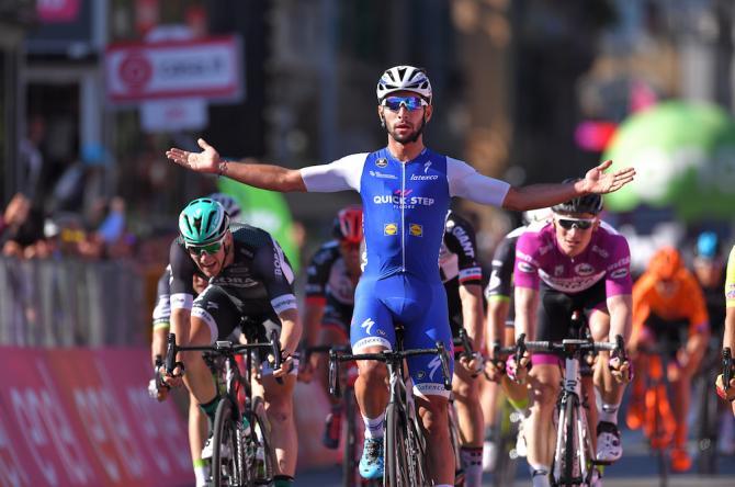 Gaviria ottiene uno strepitoso bis nel giorno della festa di Nibali, calorosamente accolto nella sua Messina (foto Tim de Waele/TDWSport.com)