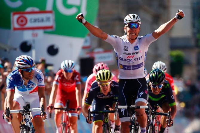 E Bob Jungels, il miglior giovane del Giro dItalia, ha lasciar la firma sulle strade di Felice Gimondi (Getty Images Sport)