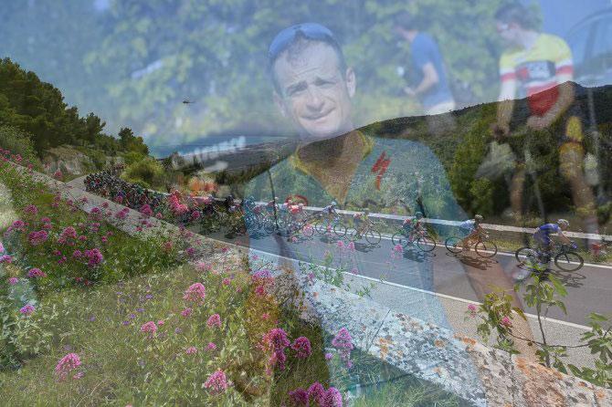 Anche nella vorticosa tappa garganica sè trovato il tempo per elevare il pensiero al ricordo di Michele Scarponi (foto Tim de Waele/TDWSport.com)