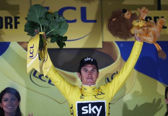 Geraint Thomas sul podio (foto Getty Images Sport)