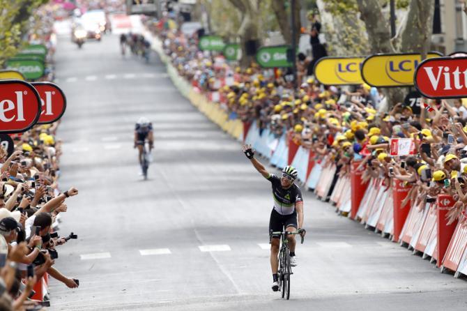 Boasson Hagen corona con il successo la fuga che ha caratterizzato la più lunga frazione del Tour de France 2017 (foto Bettini)