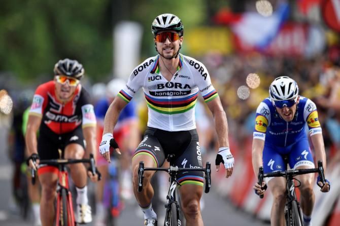 Sagan maestro di classe a Longwy: nonostante il problema al pedale, vince facile la prima tappa francese del Tour 2017 (Getty Images Sport)