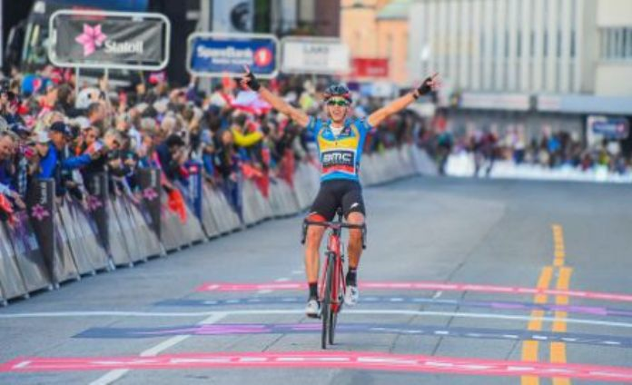 Chiusura con i fiocchi per lArctic Race of Norway di Dylan Teuns: vittoria di tappa e conferma della leadership della corsa norvegese (foto Daniel Lilleeng)