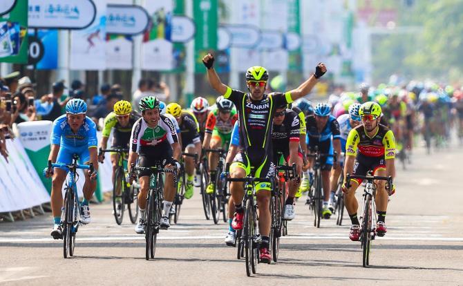 Jon Aberasturi inaugura la stagione ciclistica 2018 con il successo nella frazione dapertura del Tour of Hainan (www.tourofhainan.com)