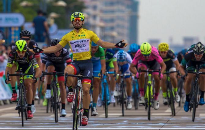 Bis per Kuba Mareczko sulle strade del Tour of Hainan (www.tourofhainan.com)