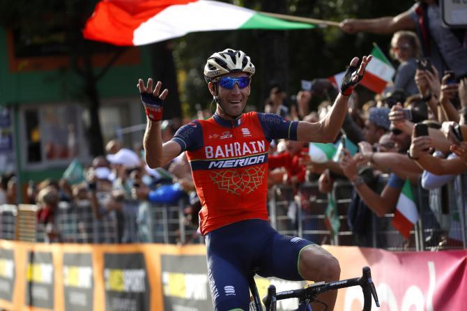 Al Giro di Lombardia 2017 Nibali raccoglie a piene mani unaltra perla della sua prestigiosa carriera (foto Bettini)
