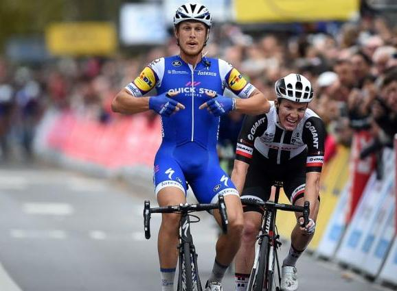 Matteo Trentin saluta la Quick Step mettendo in carniere la Parigi-Tours (Getty Images)