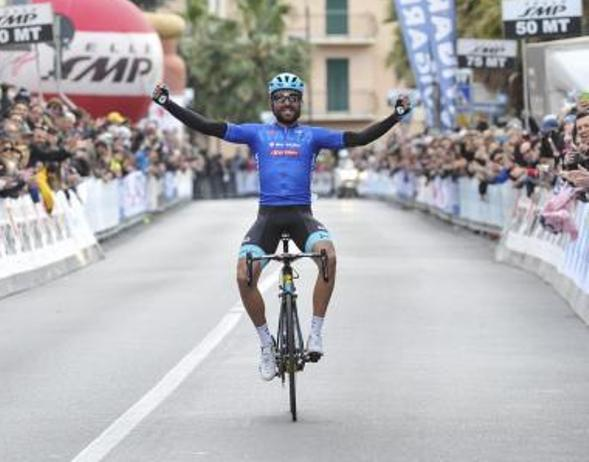 Moreno Moser centra lobiettivo di tornare grande protagonista del ciclismo rivincendo il Trofeo Laigueglia sei anno dopo la precedente affermazione (foto Bettini)