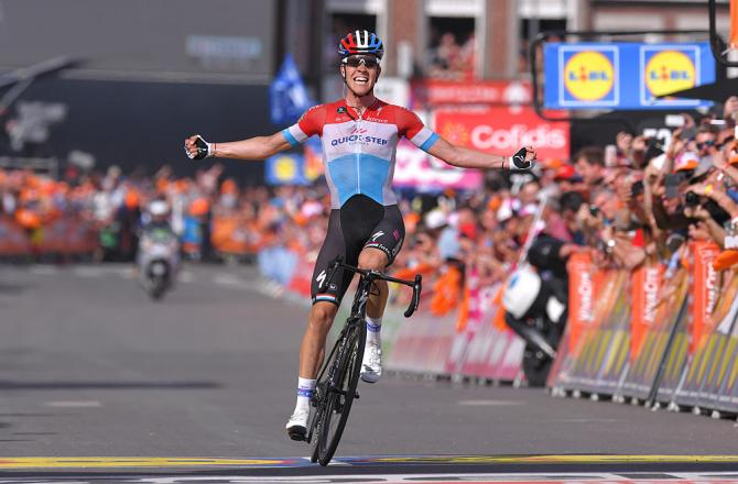 Jungel corona la sua prima grande impresa della carriera sul traguardo della Liegi-Bastogne-Liegi (foto Tim de Waele/TDWSport.com)