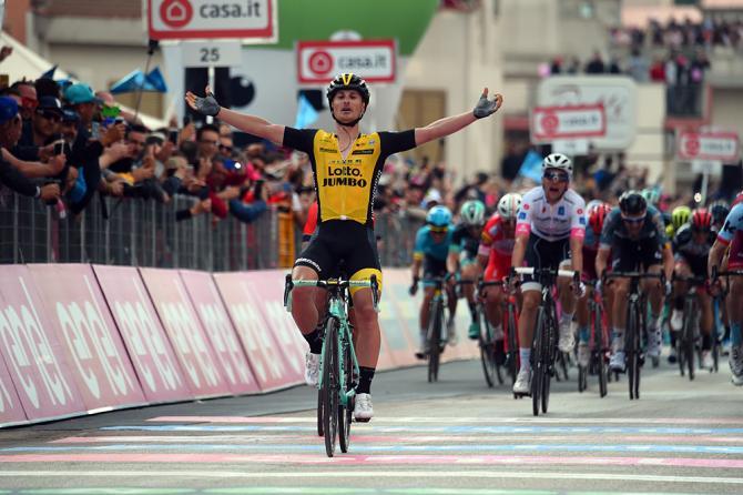 Il ritorno al successo di Enrico Battaglin sulle strade della corsa rosa (foto Bettini)