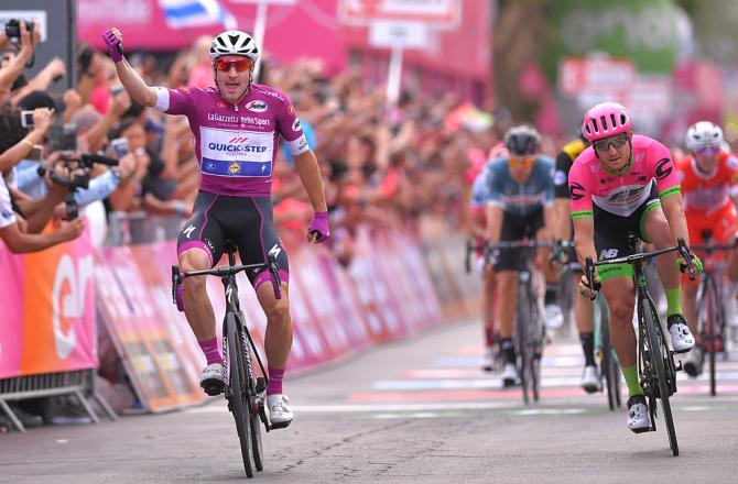 Viviani si ripete nellultima frazione israeliana del Giro dItalia 2018 (foto Tim de Waele/TDWSport.com)