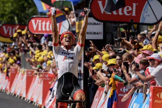Esplode la gioia di Degenkolb sul traguardo di Roubaix (Getty Images)