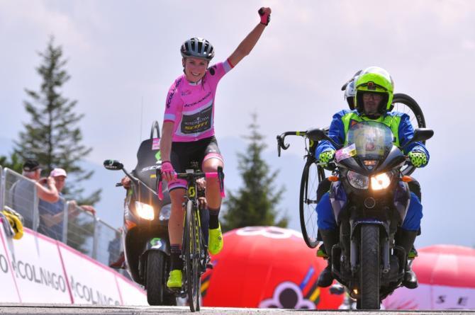 La Van Vleuten spunta in cima alla salita dello Zoncolan (foto Tim de Waele/TDWSport.com)