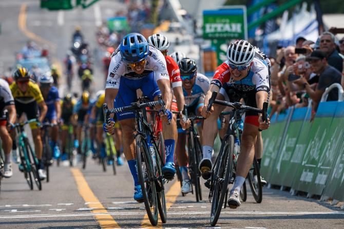 Il combattuto sprint tra Philipsen e McCabe (Jonathan Devich/epicimages.us)