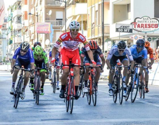 Strepitoso bis in riva allAdriatico per Davide Ballerini: dopo il Memorial Pantani a Cesenatico suo anche il Trofeo Matteotti a Pescara (foto © Trofeo Matteotti)