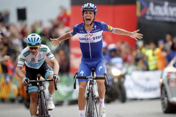Lo spagnolo Enric Mas vince lultima tappa di montagna della Vuelta 2018 (foto Bettini)
