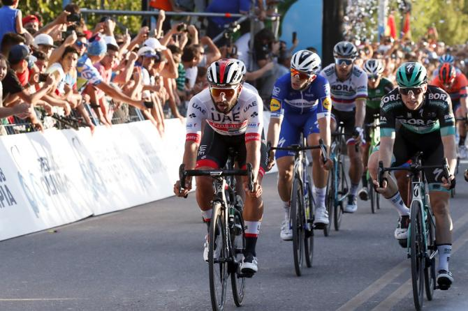 Gaviria inizia la stagione 2019 esattamente come aveva incominciato quella passata, imponendosi nettamente nella prima tappa della Vuelta a San Juan (foto Bettini)