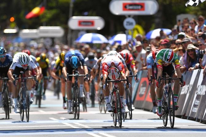 Elia Viviani ottiene la sua seconda affermazione stagionale facendo sua la corsa organizzata dallex corridore Cadel Evans (Getty Images)