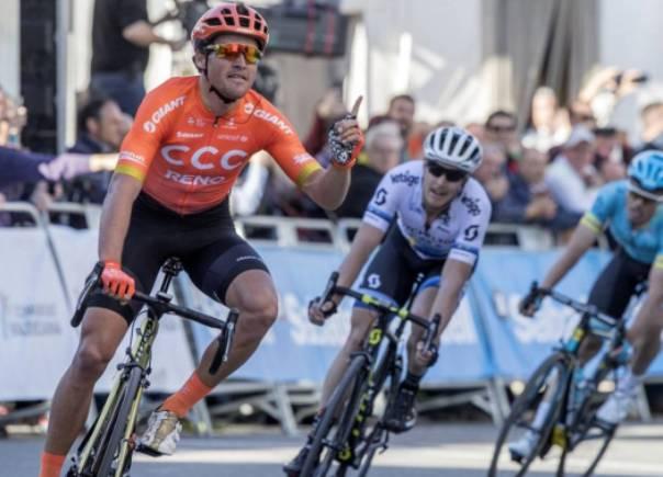 Primo successo stagionale per Greg Van Avermaet sul traguardo di Chera, terza frazione della Volta a la Comunitat Valenciana (foto Chema Díaz - AS)