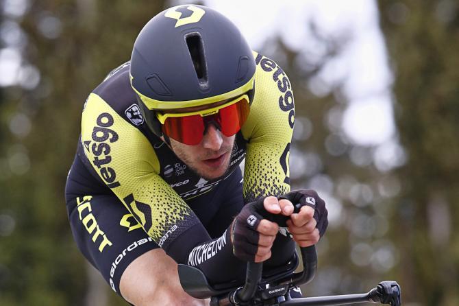 Simon Yates vola a prendersi il successo nella tappa a cronometro della Parigi-Nizza 2019 (foto Bettini)