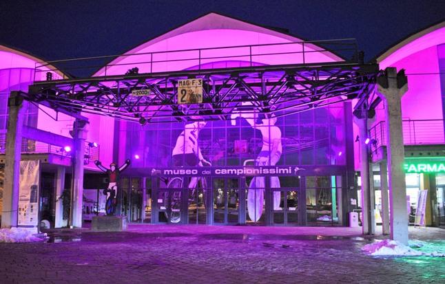 Il Museo dei Campionissimi a Novi Ligure tinto di rosa in occasione del Giro 2019 (www.giornale7.it)