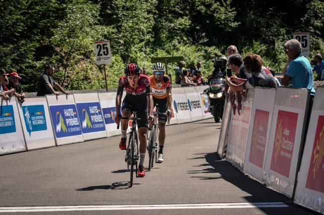Il colombiano Sosa precede lo spagnolo Valverde nella tappa regina della Route dOccitanie (www.laroutedoccitanie.fr)