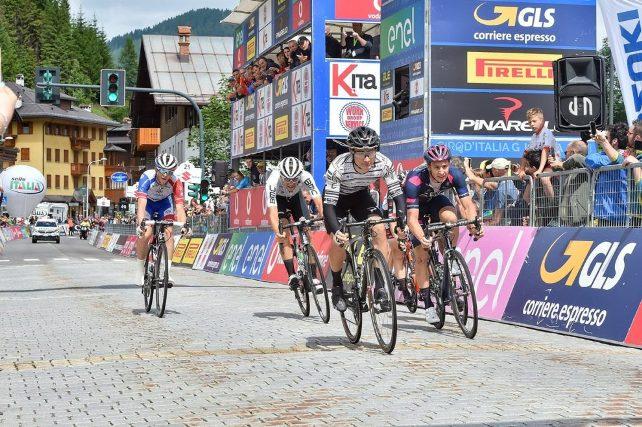 Arriva la fuga nella penultima tappa del Giro dItalia Under 23 (foto IsolaPress)