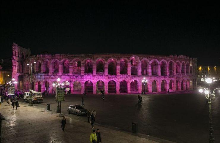 Larena tinta di rosa per il gran finale del Giro a Verona (www.sportfair.it)