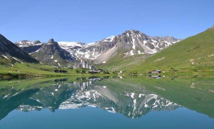 Lac de Tignes (tripadvisor.com)