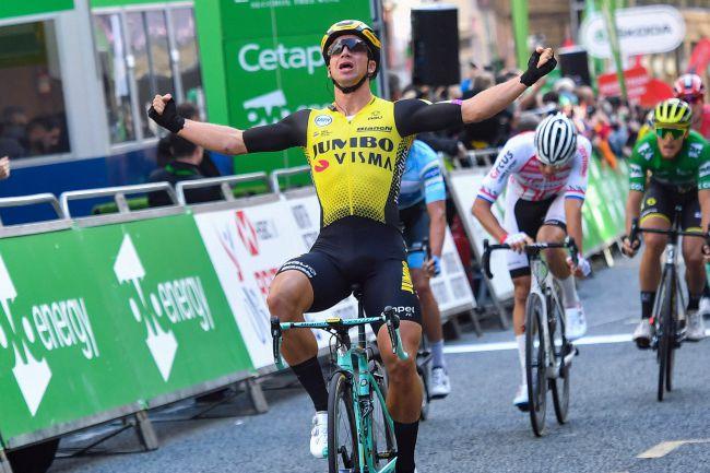 Groenewegen vince anche la terza tappa, ma Matteo Trentin rimane leader del Tour of Britain (foto Bettini)