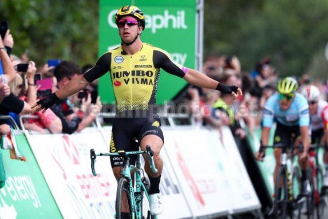 Terzo successo per Dylan Groenewegen sulle strade del Tour of Britain 2019 (foto Bettini)
