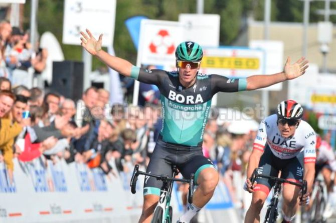 Pascal Ackermann bissa il successo del 2018 al GP de Fourmies (foto Bettini)