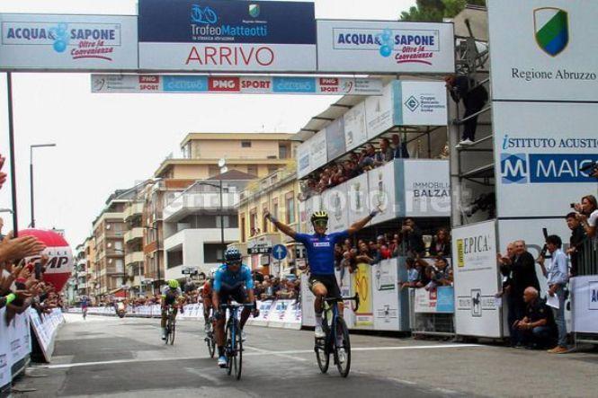 Matteo Trentin vince il Trofeo Matteotti (foto Bettini)